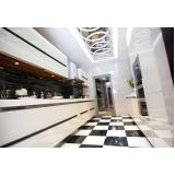 cozinha planejada em residência Aricanduva