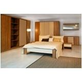 quarto planejado de madeira